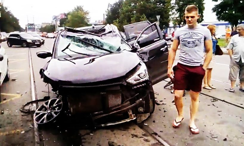 Best Stupid Drivers and Road Rage 2017 Caught on Dash Cam, Crazy Driving Fails 2017 August #639