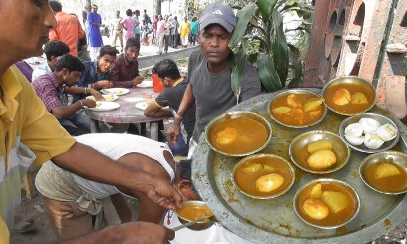 Bengali People Mad for Vat Aloo Dim Jhol (Rice Egg Potato Curry )   Kolkata Street Food Loves You