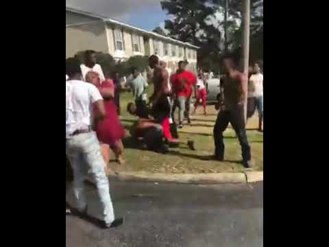 FIRST HOOD FIGHT OF 2019!!!