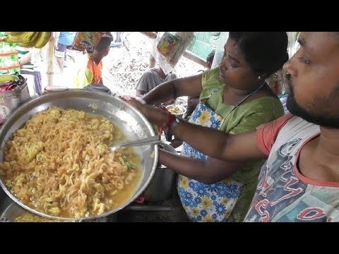 Fast Easy to Make 2 Minutes Maggi Noodles | Indian Street Food at Highway sides | Tasty Fast Food