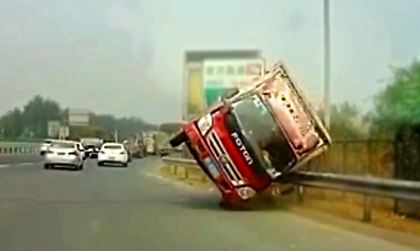 Idiot Drivers and Road Rage 2018 November #877