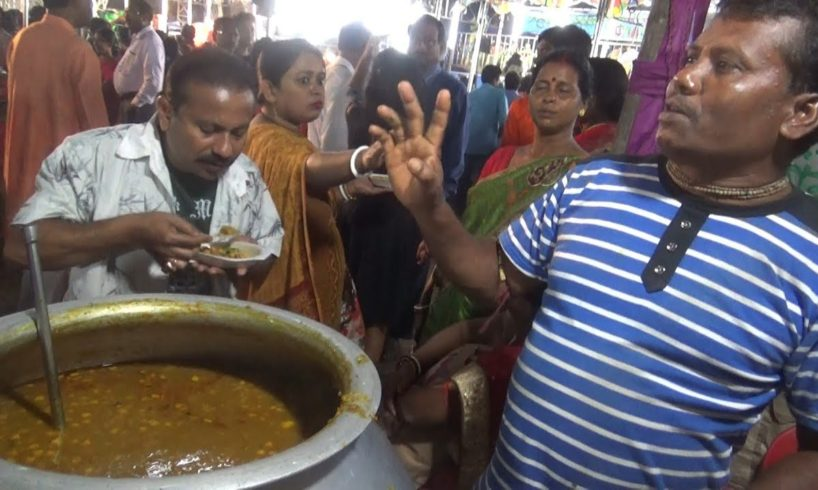 Jagannath Ka Kabuli Chana Ghugni Chaat @ 15 rs Only | People Enjoying Food in Puja West Bengal India