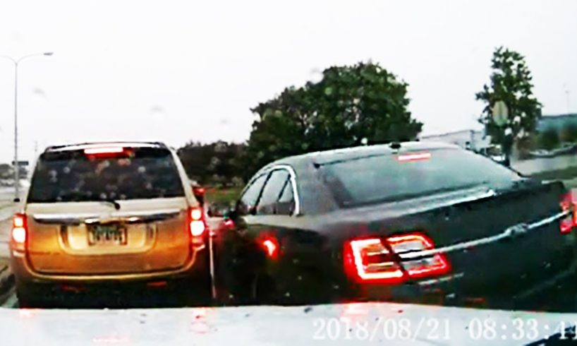 Monthly Driving Fails World and Road Rage 2018 (compilation of Subscribers) #11