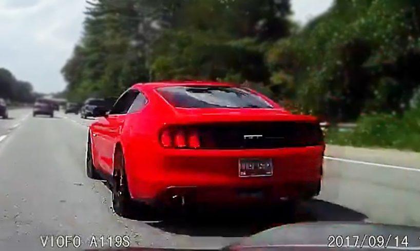 ROAD RAGE USA - BAD DRIVERS USA, CANADA - North American Driving Fails 2017 #25