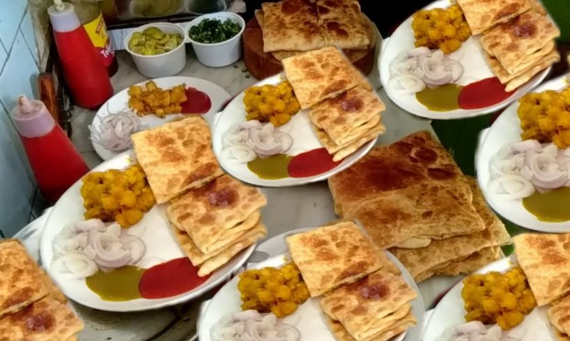 Street Food Loves You Present - Shahi Mughlai Paratha in Kolkata Sabir's Hotel - Exciting Tasty Food