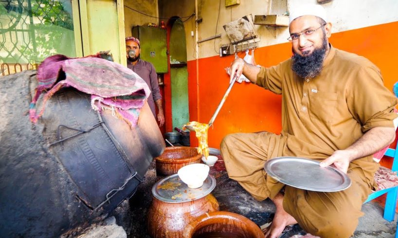 Street Food in Peshawar - AMAZING PAYA + CHARSI TIKKA | Pakistani Food Tour!