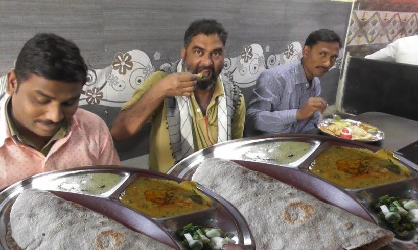 Suresh Bhojanalaya - Breakfast to lunch - 50 rs Thali & 6 rs Per Cup Tea - Street Food India