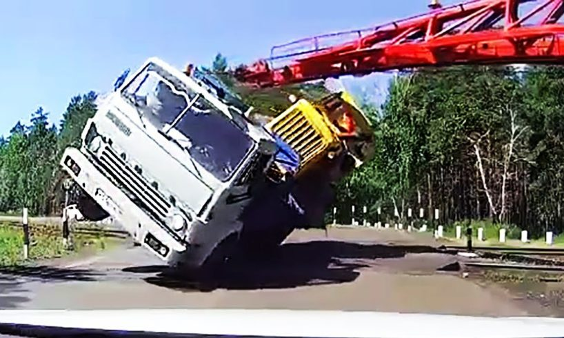 Ultimate Retarded Drivers Fails, Crazy Driving Fails and Road Rage 2017 July #627