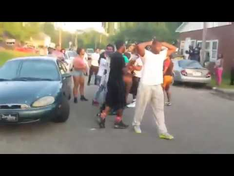 CRAZY HOOD FIGHTS 2017!!GANG FIGHTS!! *NEW*