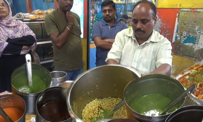 Chennai Chana Masala / Spicy Muri @v 30 rs - Street Food India