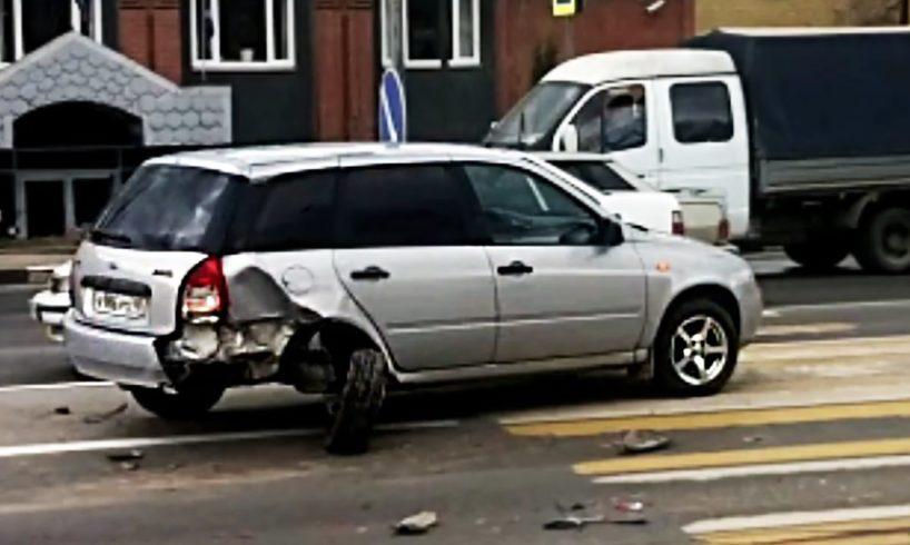 Crazy Car Videos 😨 Ultimate Driving Fails April 2017, Funny Idiot Drivers #576