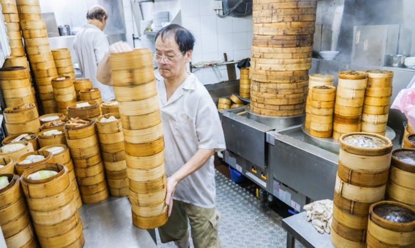 Hong Kong Street Food Tour!! BEST Roast Goose + Back Alleyway Street Food 2017!