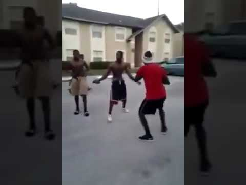 Hood fight in chiraq (one on one turns into brawl then bullets fly)