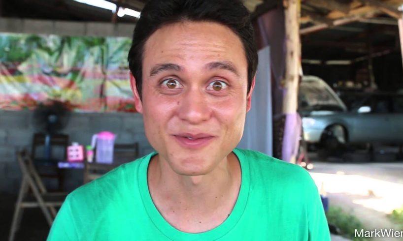 Lunch in Phuket - Rice and Curry (ข้าวแกงภูเก็ต)