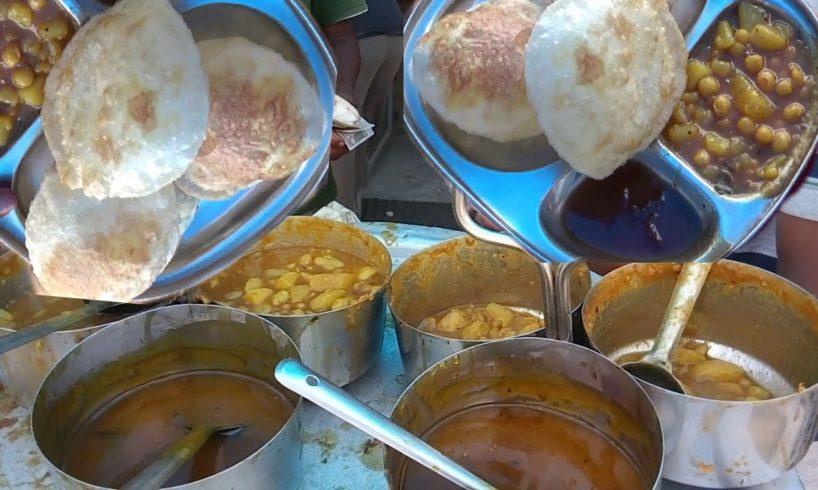 Street Food India - Puri (Kachari) Sabji - Indian Street Food - Street Food 2017