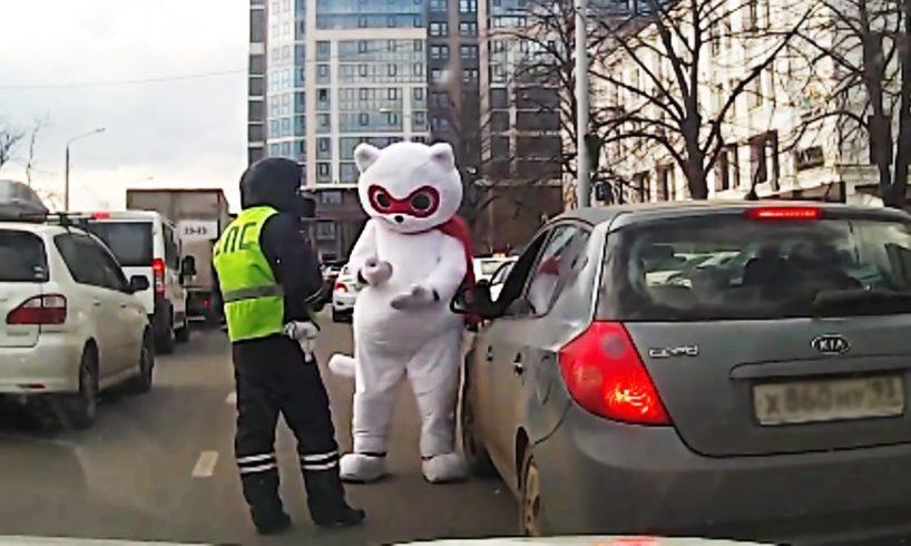 Ultimate Driving Fails & Idiot Drivers (February 2017) - Funny Car & Truck Fails, Car Wins #547
