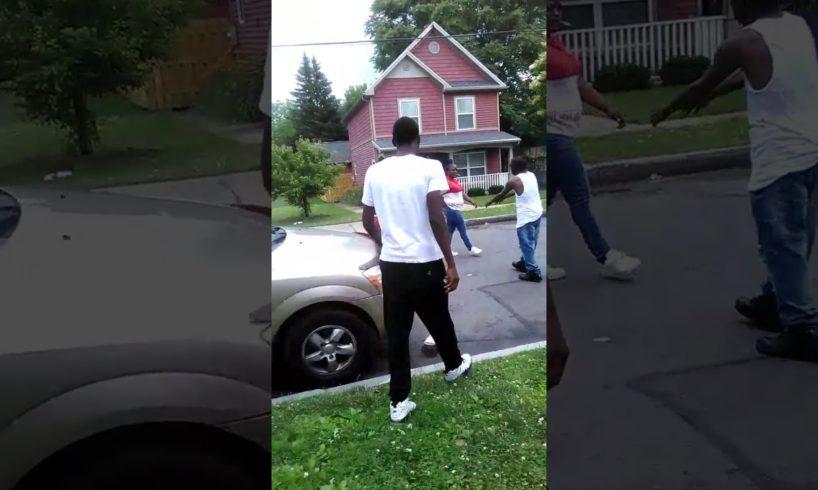 Crazy Hood Fight On Thomas