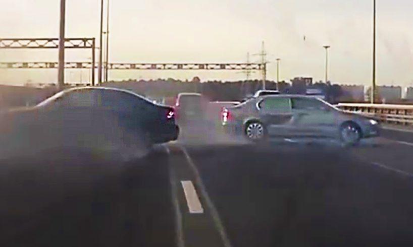 Driving Fails caught on Dashcam #854
