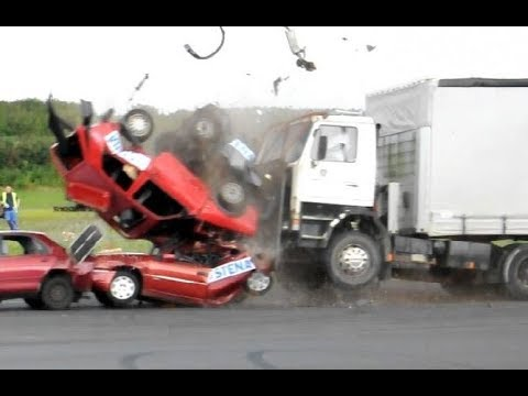 TRUCK CRASH AND FAIL COMPILATION, IDIOT TRUCK DRIVERS 2019