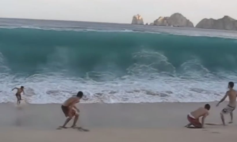 Unexpected Wave Compilation (CRAZY!)
