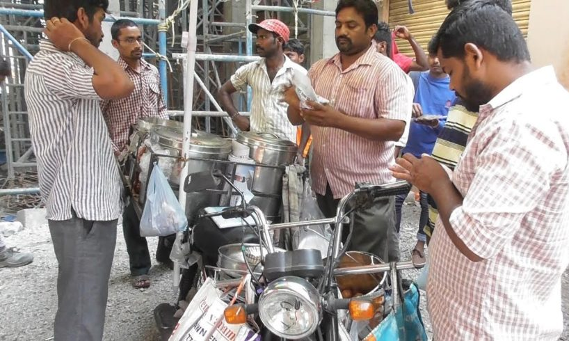 World's Cheapest Street Food - Your Stomach will be filled at 10 rs ($0.14) Only - Motorcycle Vendor
