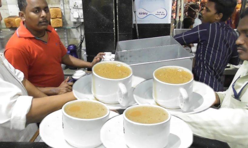 1000 of Irani Chai (Tea ) Finished with an Hour - Beside Mecca Masjid Charminar Hyderabad