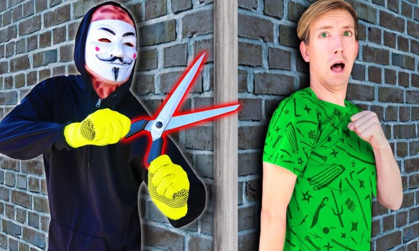 HACKER CAPTURES BEST FRIEND - RESCUE JUSTIN and ESCAPE Room in Safe House 24 Hour Challenge