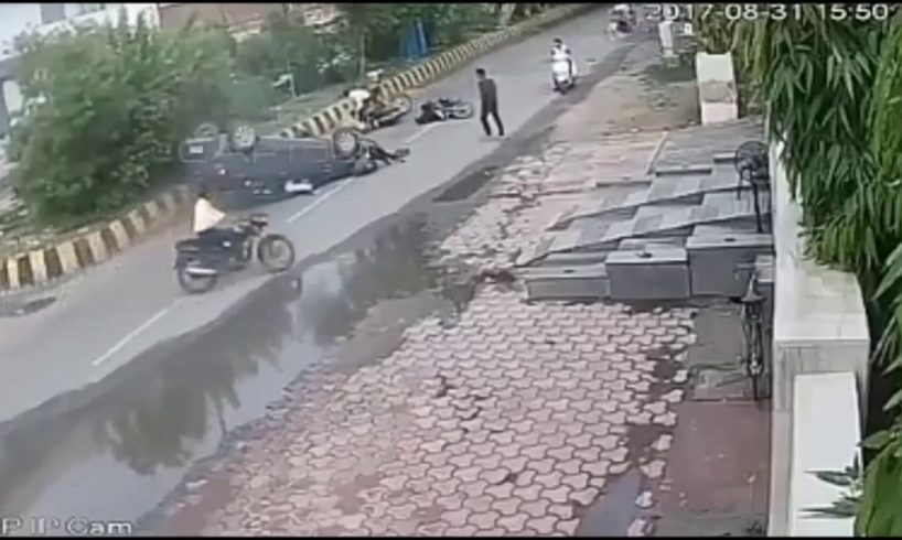 Horrifing Road accidents Compilation