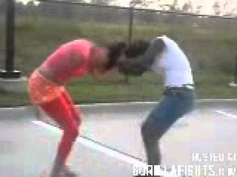 Street Fight  Scrapping Black Girls  Explosive Fights