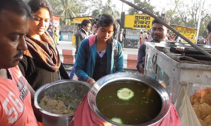 Indian Rail Station Panipuri - 6 piece @ 10 rs - Best Indian Street Food