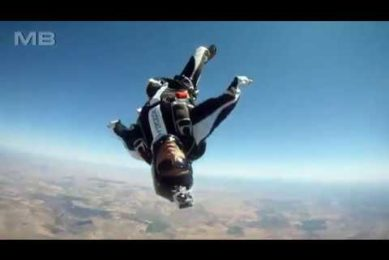 PEOPLE ARE AMAZING (Skydiving Edition)