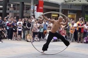 Amazing Taiwan Coolest Street Performer | Incredible People 2016 | People are awesome