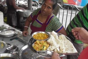 Rice/ Rumali Roti/ Fried Rice/ Fish/ Egg/ Chicken | Delicious Street Food Kolkata Chowringhee Road
