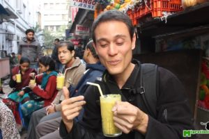 Indian Mango Lassi - The Best Mango Smoothie I've Ever Had in Kolkata, India!