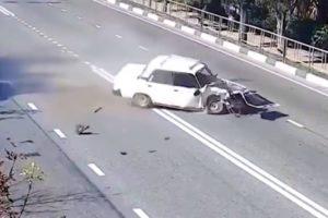 NEAR DEATH CAPTURED by GoPro Crash Fails Videos ★ Best Fails Compilation November 2017