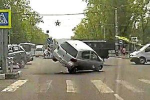 Idiots in Cars 82