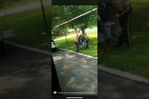 Police brutality make this go #viral !   Hood fights worldstar #hoodfights