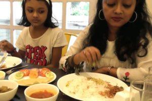 Teranga Paratha at 100 Paratha's Golpark | Mutton Thali Only 190 rs | Indian Food Loves You