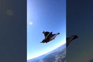 People Are Awesome 😱😨 { Sky Diving }